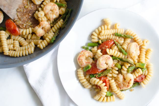 Fusilli with Asparagus, Shrimp, and Cherry Tomatoes | veryEATalian-10