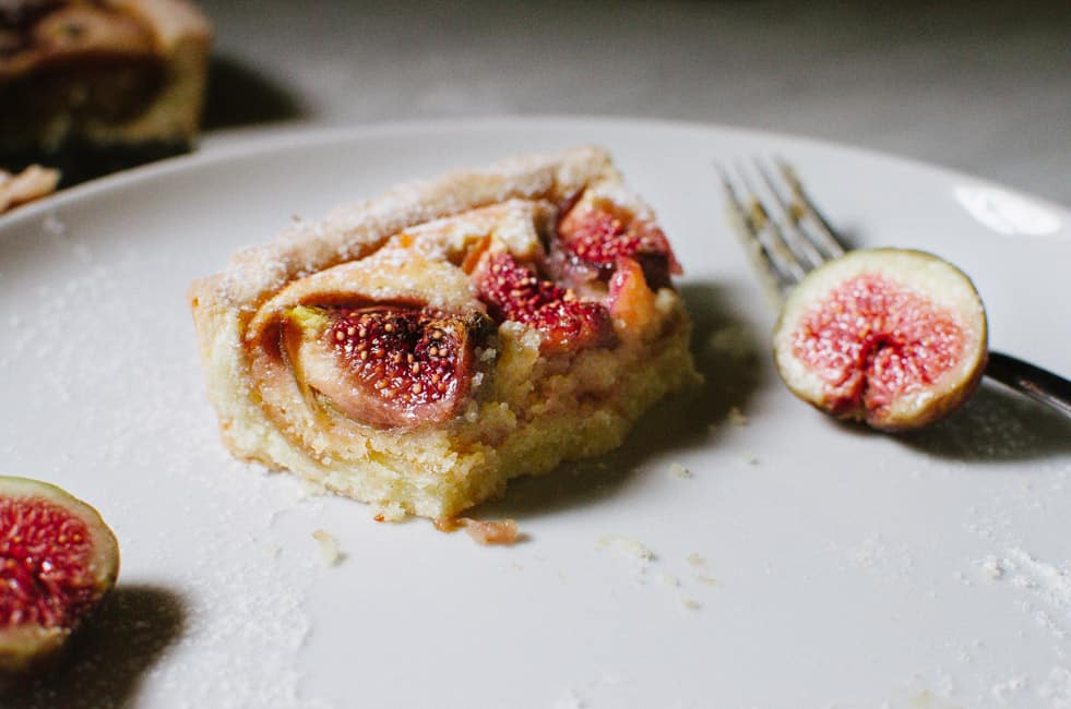Almond and Fig Crostata | veryEATalian