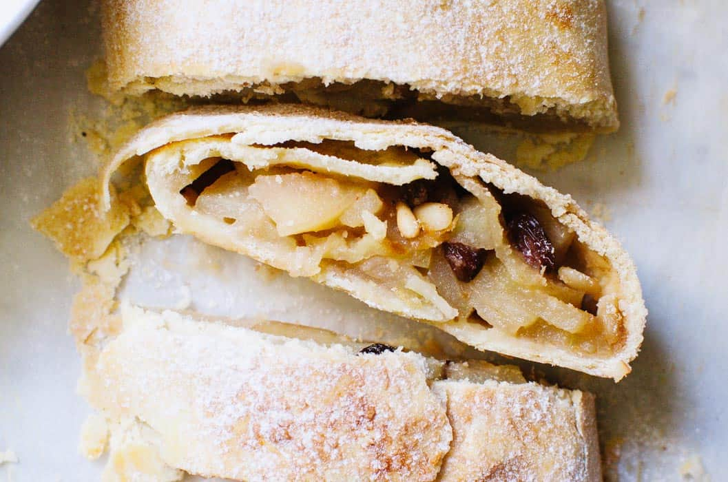Old-fashioned Apple Strudel | Very EATalian