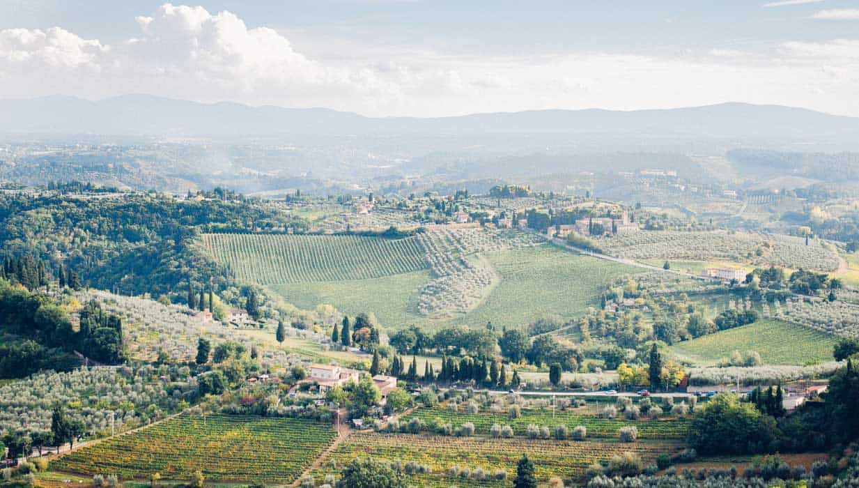 My trip in Tuscany: view of the valley surrounding San Gimignano| Very EATalian