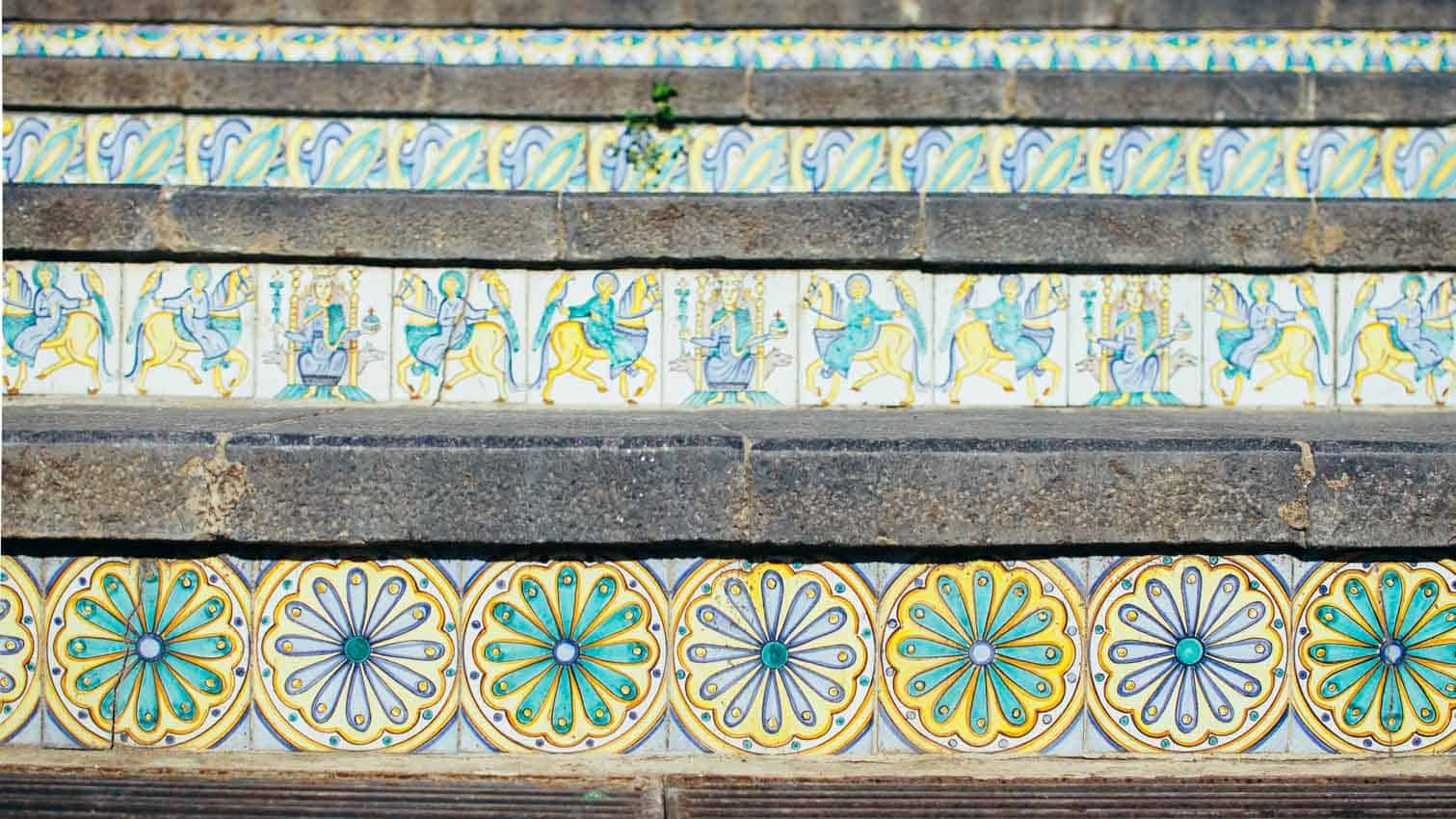 Trip to Sicily: The famouse steps in Caltagirone | Very EATalian