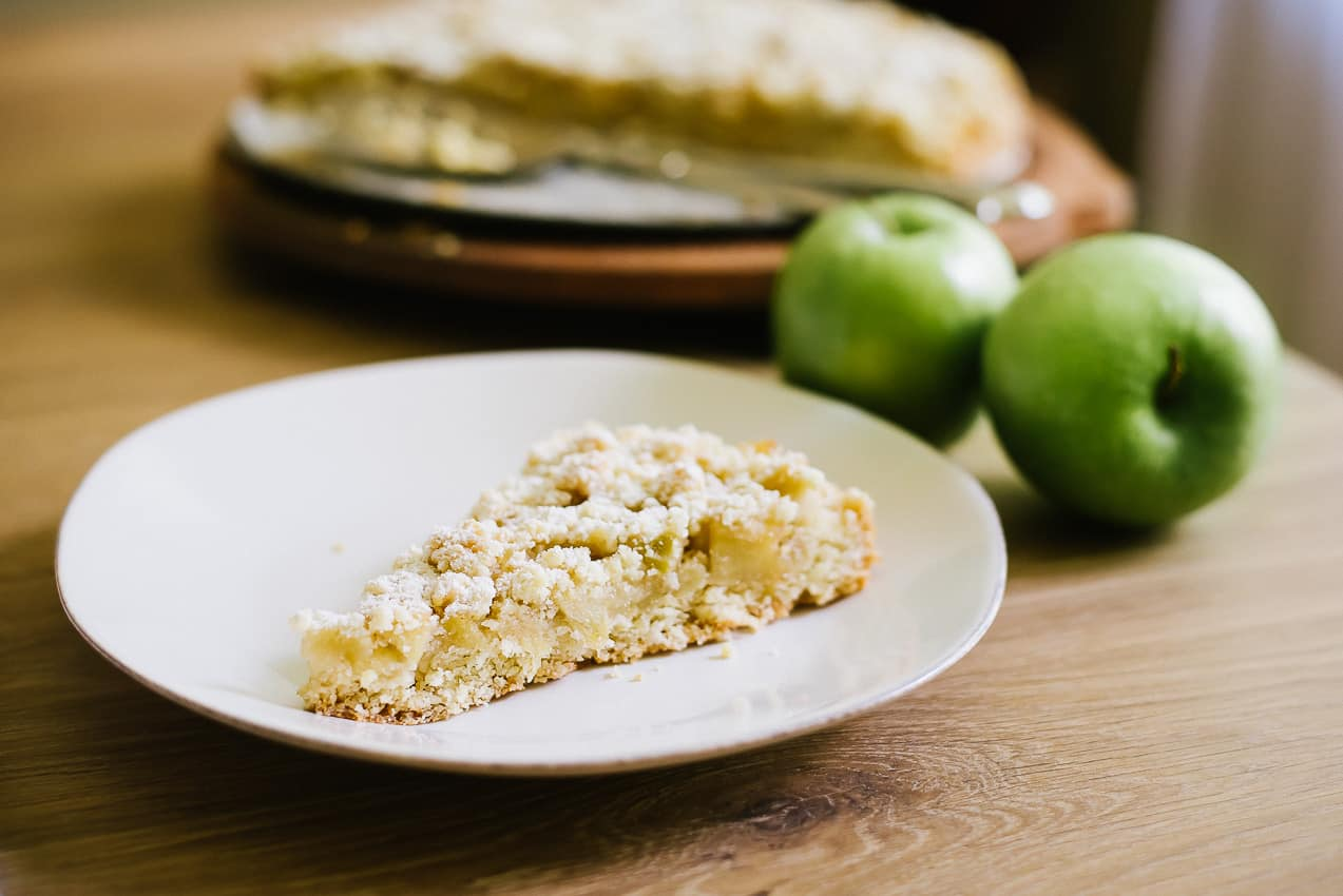 Apple Crumble Cake | Very EATalian